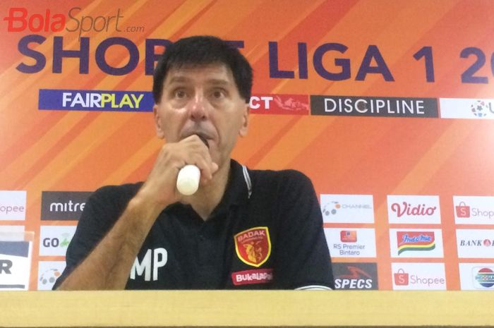 Pelatih Perseru Badak Lampung FC, Milan Petrovic.