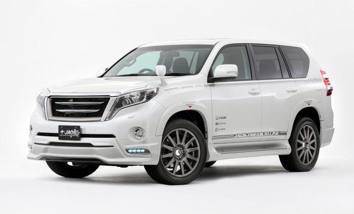 Modifikasi Toyota Land Cruiser Prado dengan gril horizontal