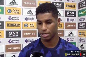 VIDEO - Eksekusi Tendangan Bebas Man United, Marcus Rashford Kikuk