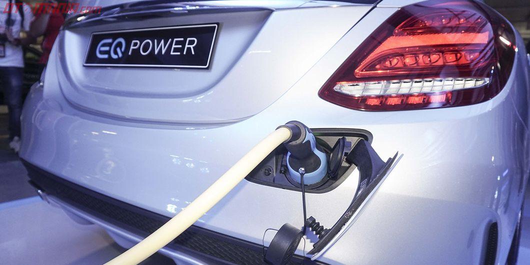 Beginilah pengisian daya listrik Mercedes-Benz EQ Power yang akan datang. Photo: Rianto Prasetyo