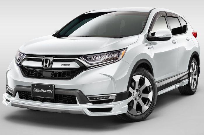Honda CR-V pakai body kit Mugen