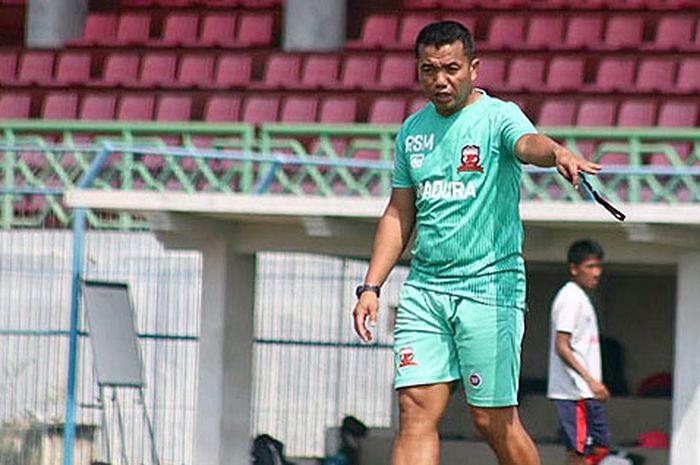 Pelatih Madura United, Rasiman.