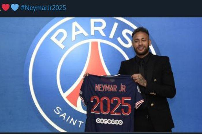 Sukses memperpanjang kontrak Neymar, Maurico Pochettino menyebutkan bahwa itu menunjukkan ambisi Paris Saint-Germain.