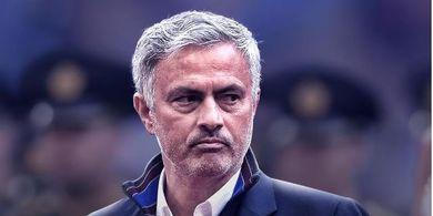 Mantep! Kira-kira Seperti ini Starting Line-Up Mourinho untuk Spurs