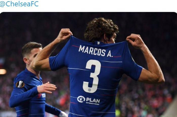 Demi mendapatkan Achraf Hakimi, Chelsea dikabarkan bersiap menawarkan satu pemain untuk Inter Milan.