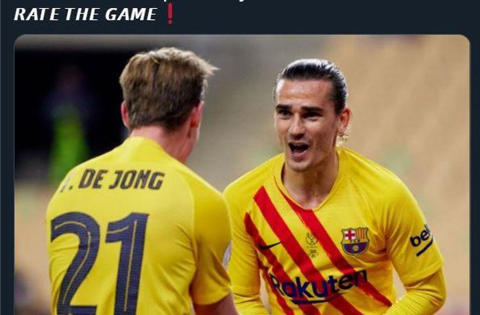 Antoine Griezmann dan Frenkie de Jong mendapat trofi Copa del Rey 2020-2021 sebagai gelar pertamanya di Barcelona.
