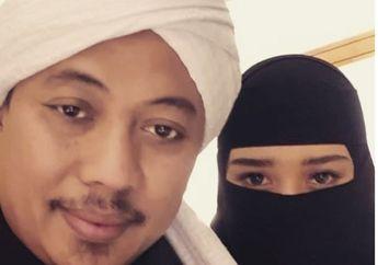 Dikabarkan Sudah Menikah, Bebi Silvana Unggah Foto Bareng Opick. Netizen: Semoga Nggak di Poligami