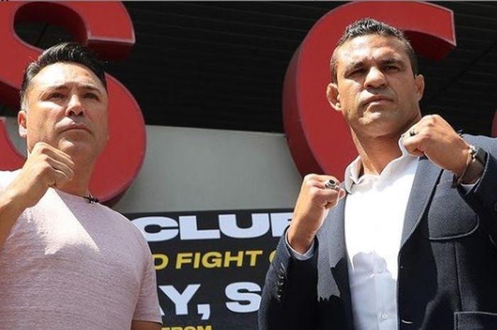 Sesi face-off antara Oscar De La Hoya (kiri) vs Vitor Belfort (kanan) (29/7/2021) WIB.