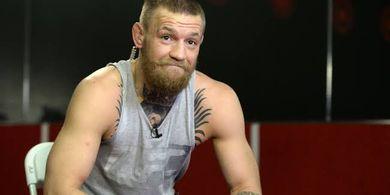 Bukan Khabib Nurmagomedov, Petarung UFC Ini yang Bisa Bikin Conor McGregor Duduk di Kursi Roda