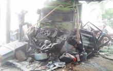 Foto-Foto dan Video Kecelakaan Maut di Bumiayu, Korban Tewas Bertambah