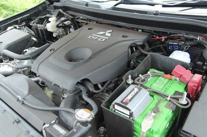 Mesin diesel Mitsubishi