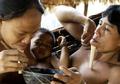 Terisolasi dari Dunia Luar, Suku Zoe Justru Jadi Suku Paling Bahagia di Dunia