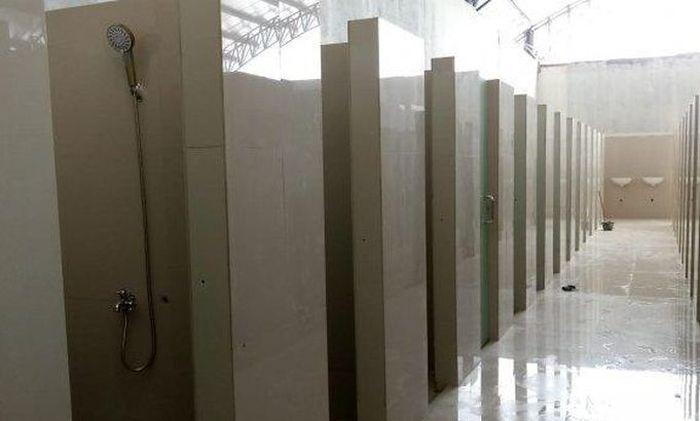 Toilet di SPBU 3345102 di KM 228A Tol Kanci-Pejagan.