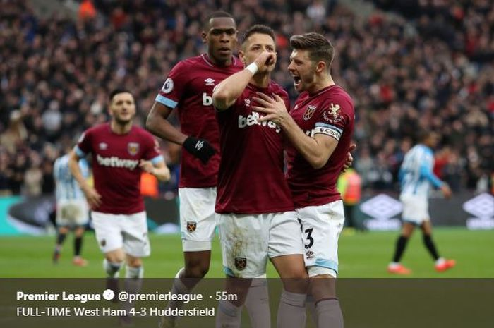 "Javier ""Chicharito"" Hernandez, penentu kemenangan West Ham United atas Huddersfield, 16 Maret 2019."