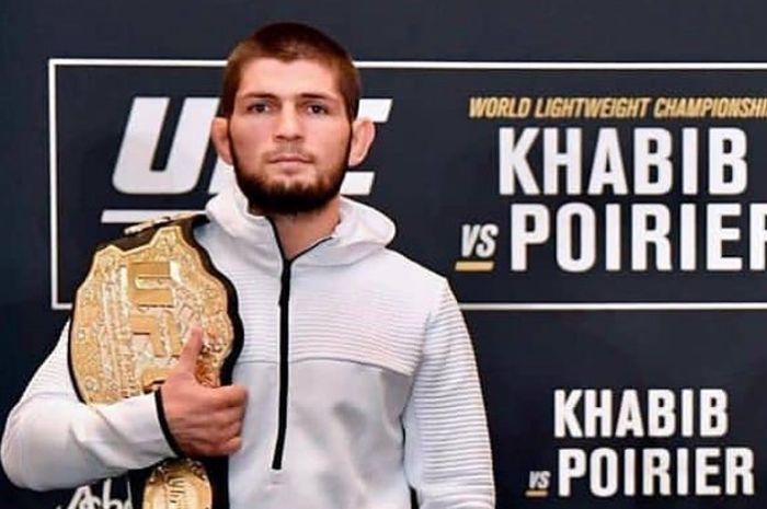 Khabib Nurmagomedov harus mempertahankan sabuk juara kelas ringan miliknya dalam laga utama UFC 242 yang digelar di Uni Emirat Arab, Sabtu (7/9/2019)
