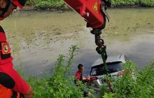 Gak Kompak Lepas Pedal Gas dan Kopling, Honda HR-V Nyemplung Sungai