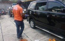 Toyota Avanza Ditinggal 10 Menit, Kaca Tengah Pecah, Rp 9,7 Juta Raib