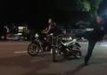 Video Pria Ngamuk saat Balap Motor Liar di Sragen, Joki Dihabisi Sampai Terkapar