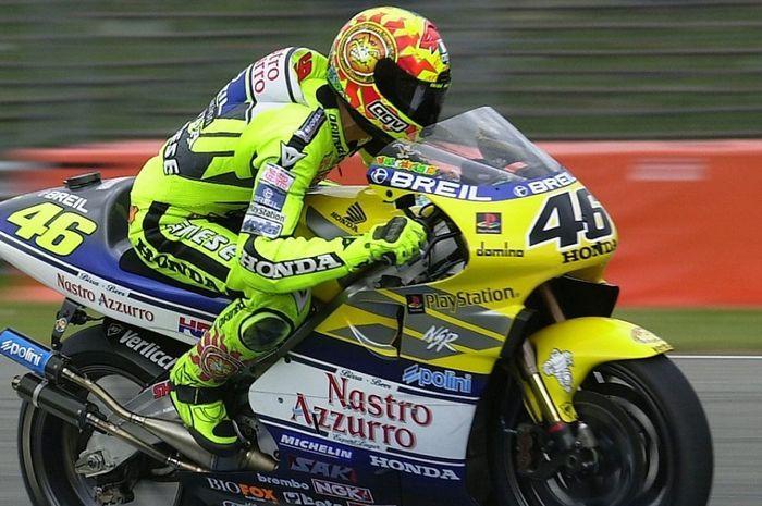 Valentino Rossi saat masih bermain di MotoGP dengan motor 2-tak