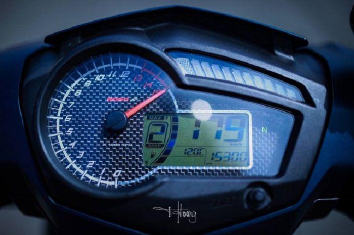 Ilustrasi speedometer di motor