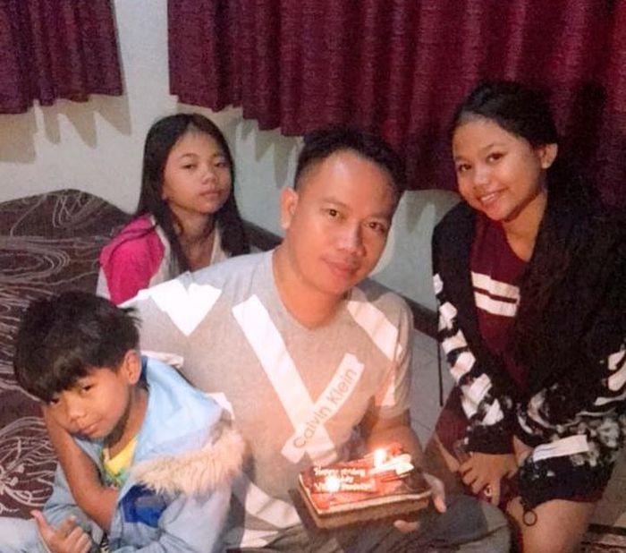Jeritan Hati Anak Vicky Prasetyo, Mengaku Malu karena Sensasi Percintaan Sang Ayah