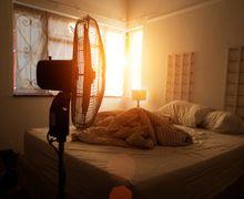 Nggak Nyanga! Ini 5 Fakta Mengerikan kalo Tidur dengan Lampu Menyala