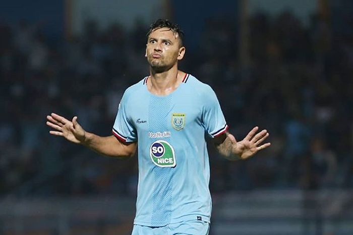 Alex dos Santos saat masih berseragam Persela Lamongan pada Liga 1 2019.