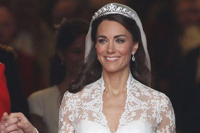 Berharga Fantastis, Ini Dia 5 Royal Wedding Dress Termahal di Dunia!