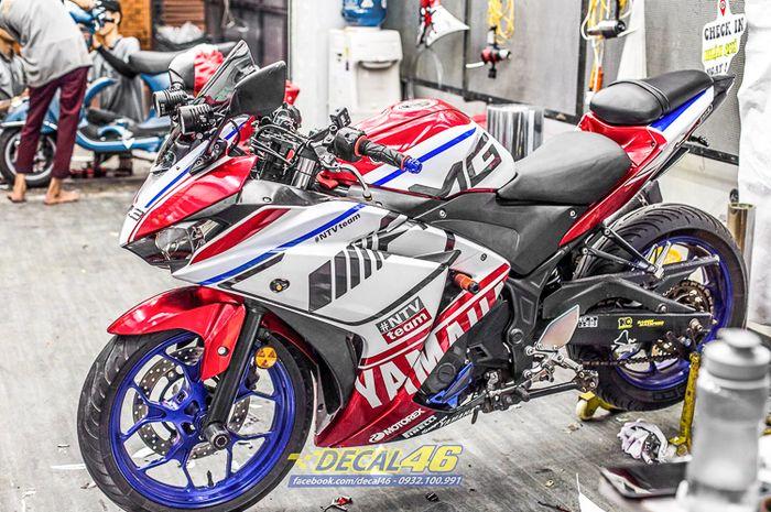 Yamaha R3 pakai baju ala MV Agusta F4 1000 RC