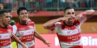Duo Brasil Milik Madura United Habiskan Libur dengan Latihan Bareng
