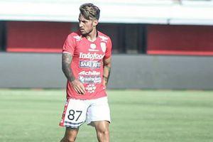 Stefano Lilipaly Jadi Korban Laga Persipura Kontra Bali United
