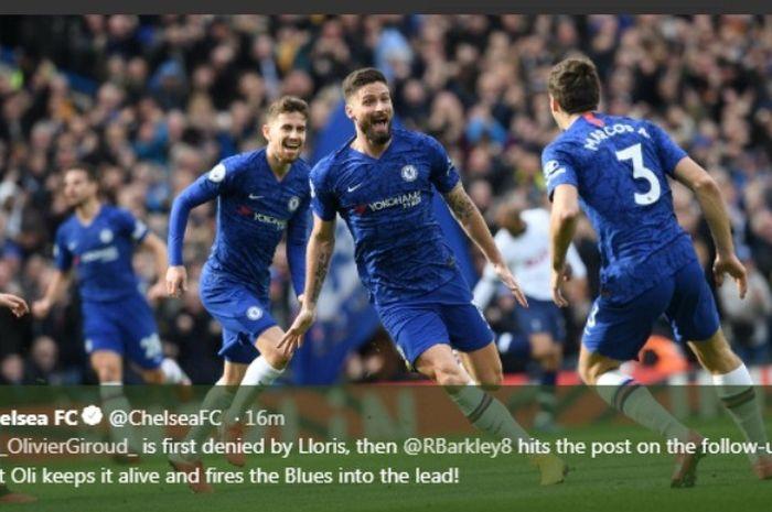 Striker Chelsea, Olivier Giroud, berselebrasi seusai menjebol gawang TottenhamHotspur di Stamford Bridge, Sabtu  (22/2/2020).
