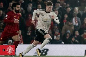 Detik-detik Pemain Manchester United Serbu Wasit di Anfield