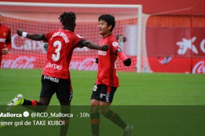 Pemain Mallorca, Takefusa Kubo, mencetak gol ke gawang Villarreal dalam laga Minggu (10/11/2019).