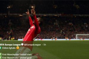 Persembahan Manis Bomber Anyar Manchester United untuk Sang Kakak