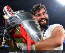 Tanda-tanda Cedera Alisson Becker Sudah Muncul Sejak Laga Community Shield di Wembley