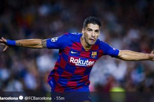 Suarez Minta Striker Baru, Barcelona Kepincut Aubameyang