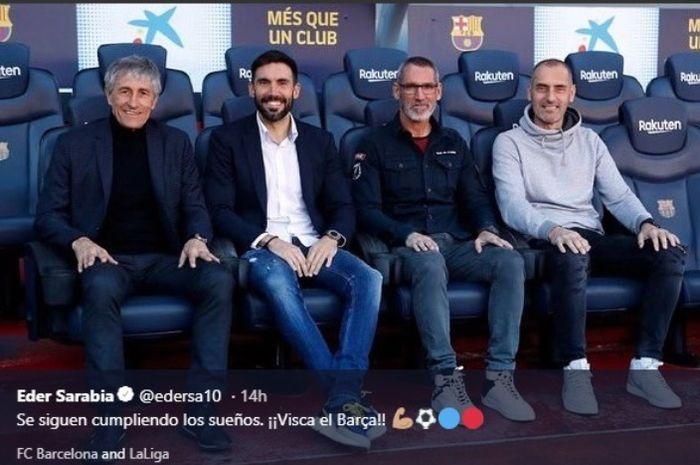 Eder Sarabia (kedua dari kiri) menjadi asisten pelatih Quique Setien di Barcelona.