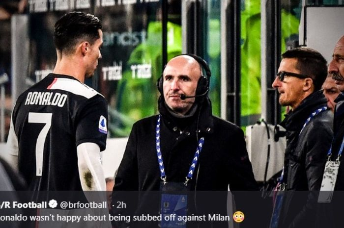 Megabintang Juventus, Cristiano Ronaldo, dalam laga kontra AC Milan di Allianz Stadium, Minggu (10/11/2019).