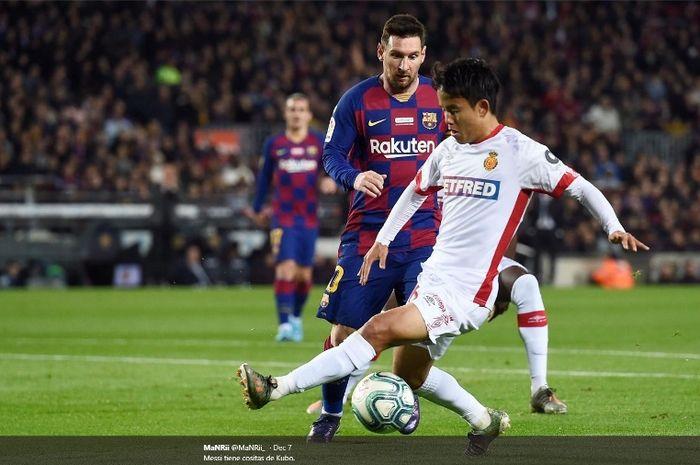 Aksi pemain muda Mallorca, Takefusa Kubo, dalma laga melawan Barcelona di Camp Nou, Sabtu (7/12/2019).