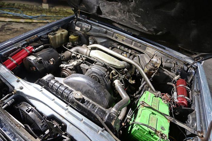 Mesin diesel 2.8 Liter bawaan Land Cruiser II ini bertipe 3L