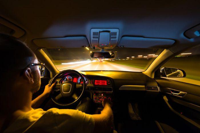 Berkendara di malam hari butuh konsentrasi lebih