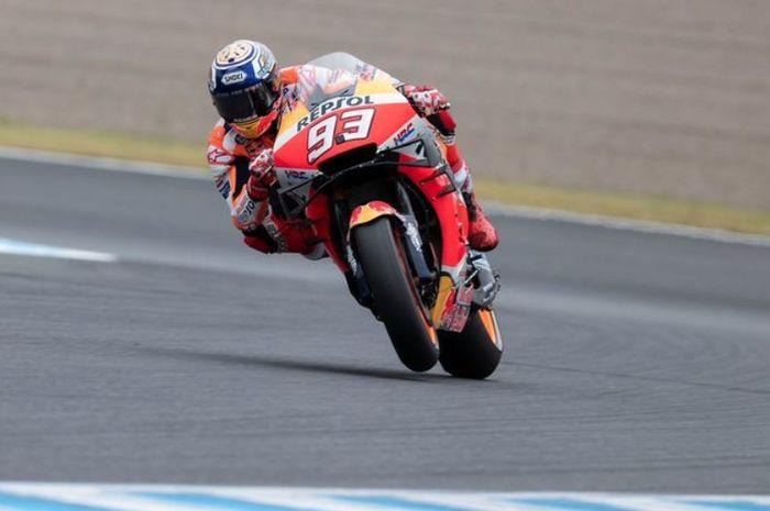 Aksi pembalap Repsol Honda, Marc Marquez pada MotoGP Jepang 2019, Minggu (20/10/2019)