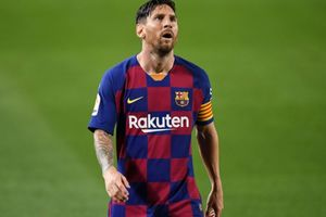 Juventus Vs Barcelona - Ratusan Fans Messi Bikin Ribut, Polisi Kewalahan