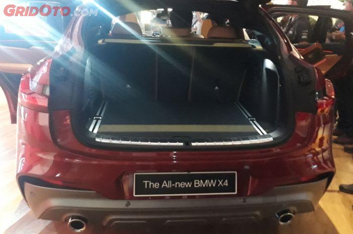 Akses Bagasi BMW X4