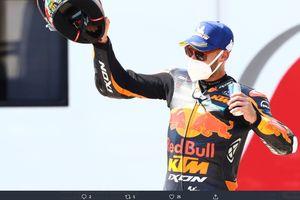 Raih Kemenangan Perdana di MotoGP Republik Ceska, Brad Binder Samai Prestasi Jorge Lorenzo