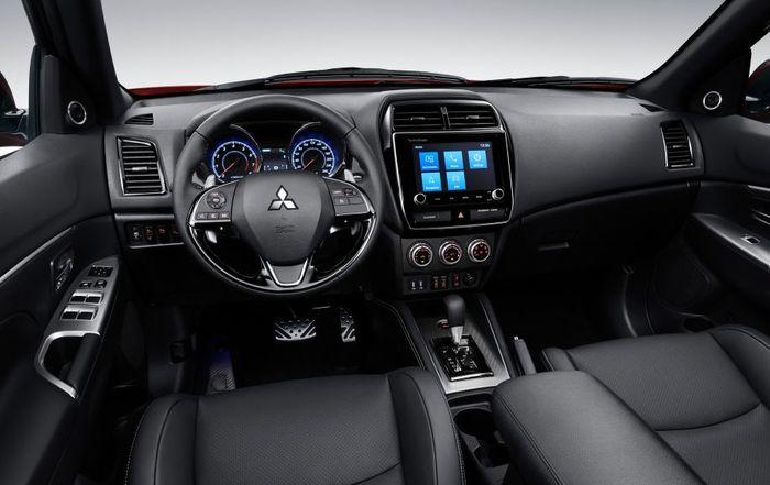Interior Mitsubishi Outlander Sport baru