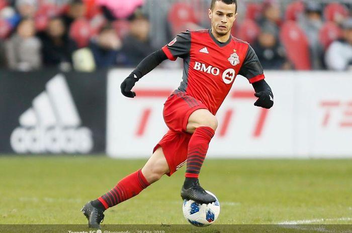 Striker asal Italia, Sebastian Giovinco, saat beraksi membela klub MLS, Toronto FC.