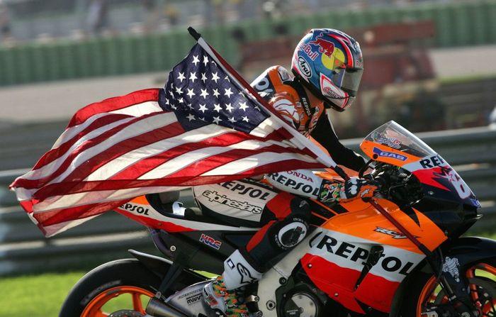 Nicky Hayden juara dunia MotoGP 2006