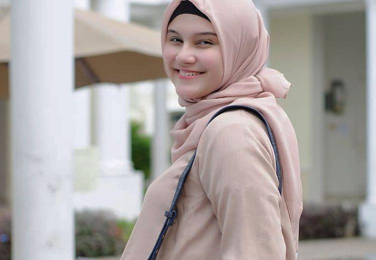 Zeezee Shahab Melahirkan, Potret Buah Hatinya Berhasil Bikin Gemas!